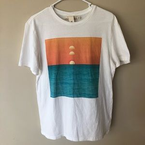 H&M Shirts - H&M Graphic T-Shirt